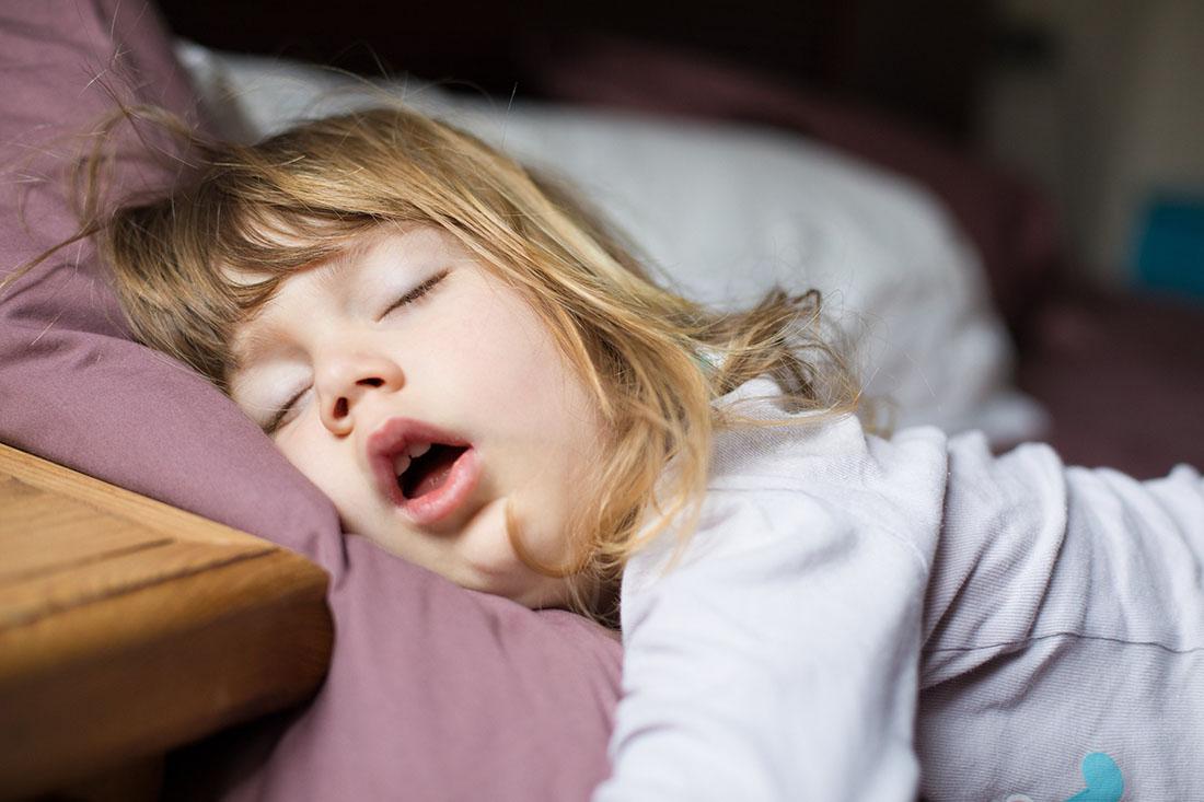 child sleeping with mouth open, sleep apnea, SDB